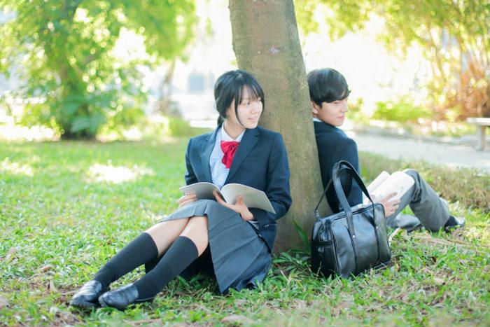 高校生のカップル写真
